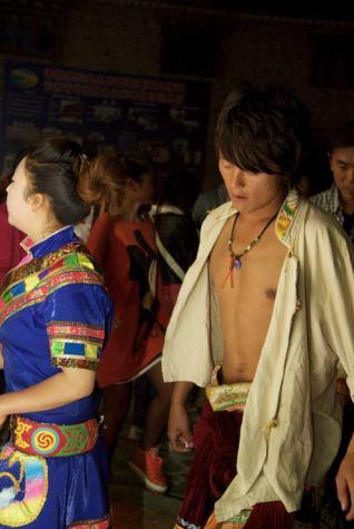 8-shangri-la_china_2012