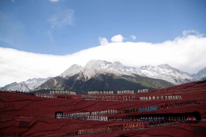 1-jade-dragon-snow-mountain_yunnan_china-2012