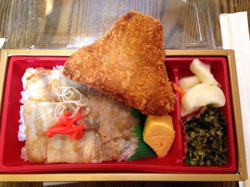 Fuji-Five-Lakes_restaurant_Japan_Sharingourtravelstories_0259